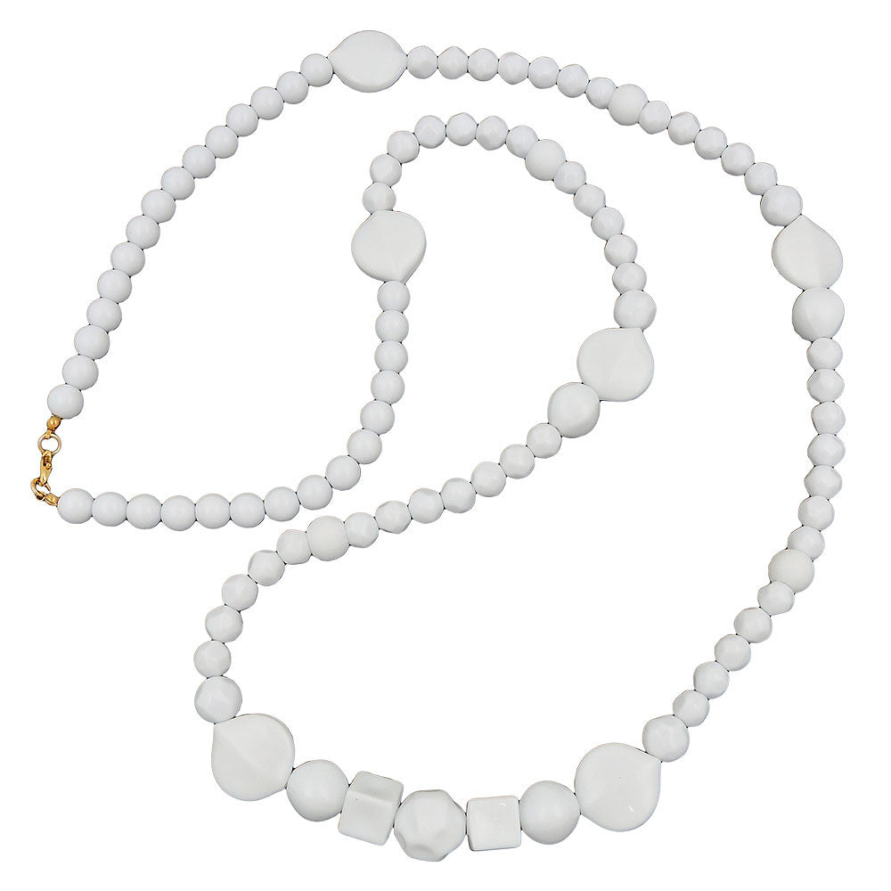 NECKLACE BEADS WHITE GLOSSY PEARL WHITE LEAF