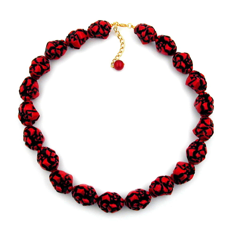 NECKLACE RED/BLACK DESIGNER BEADS