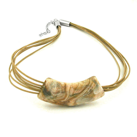 NECKLACE TUBE FLAT-CURVED WHITE-OLIVE 50CM