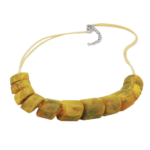 NECKLACE SLANTED BEADS YELLOW OLIVE