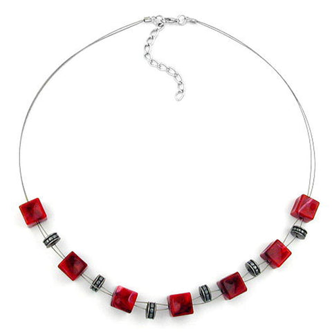 NECKLACE RED CUBE BEADS 45CM