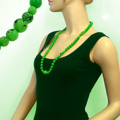 NECKLACE GREEN/BLACK BEADS 80CM