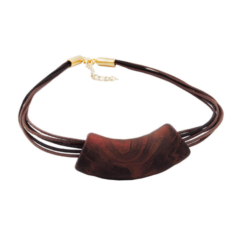 NECKLACE TUBE FLAT CURVED BROWN 50CM