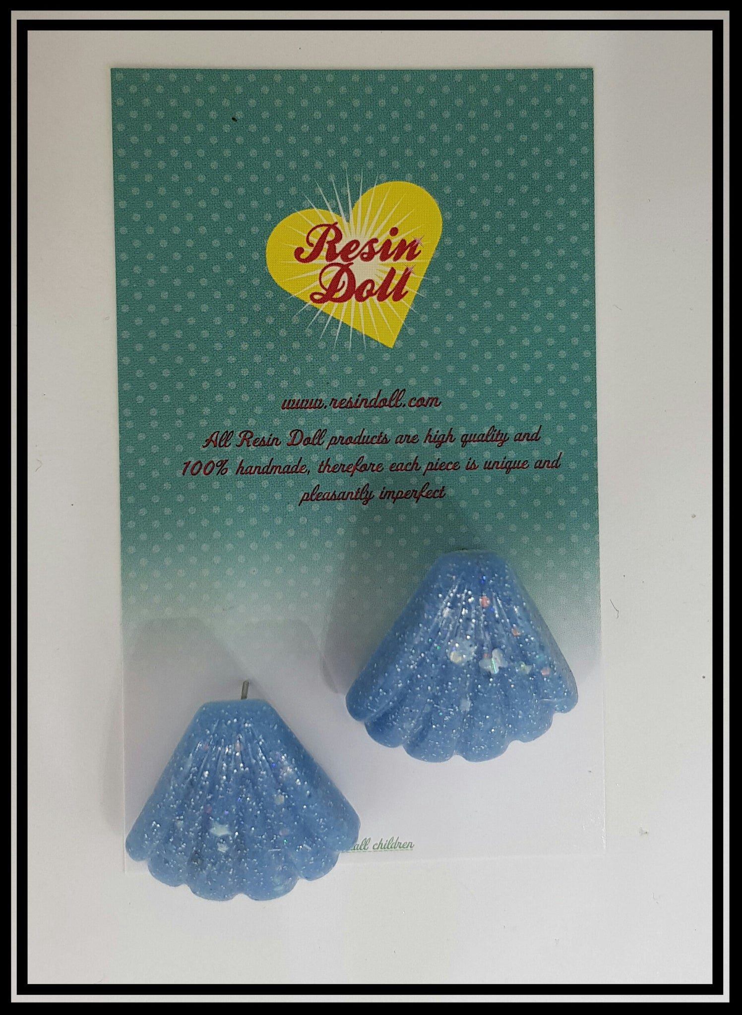 Pale blue confetti shell stud