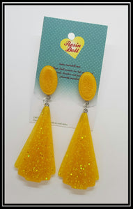 Lrg golden yellow Deco drop earrings