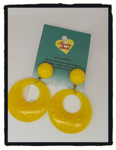 Bright yellow glitter lrg round drop