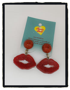 Metallic red shimmer lips drop earrings