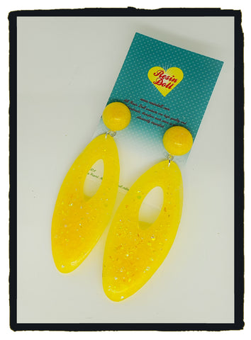 Yellow confetti glitter large oval drop