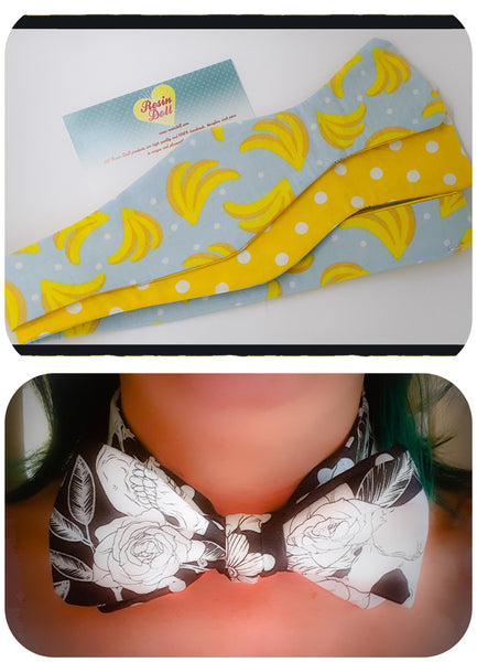 Bananas reversible bow tie