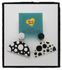 Black and white polkadot semi circle drop