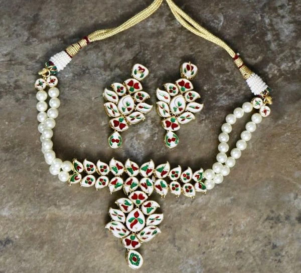 Adjustable High Quality Kundan Choker Necklace Set with Matching Earrings