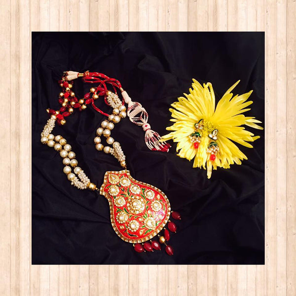 Pearl Necklace With Meenakari Pendant And Matching Earrings
