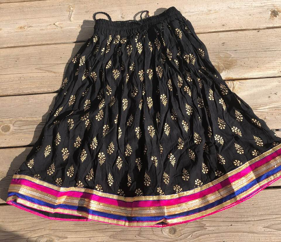 Black Cotton Elastic Knee Length Skirt