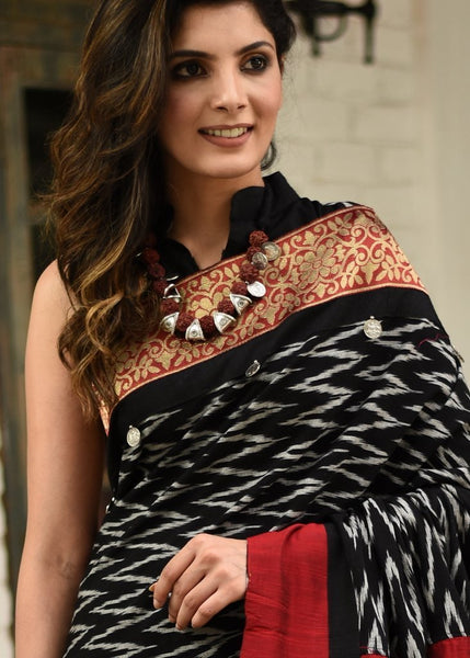 EXCLUSIVE IKAT & CHANDERI COMDBINATION SAREE WITH INTRICATE ZARI BORDER & COIN TASSELS