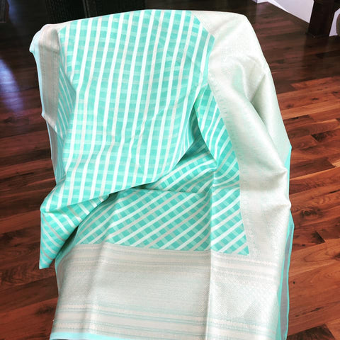 Sea Green/Pastel Green Dual Toned Striped Maheshwari Silk Saree