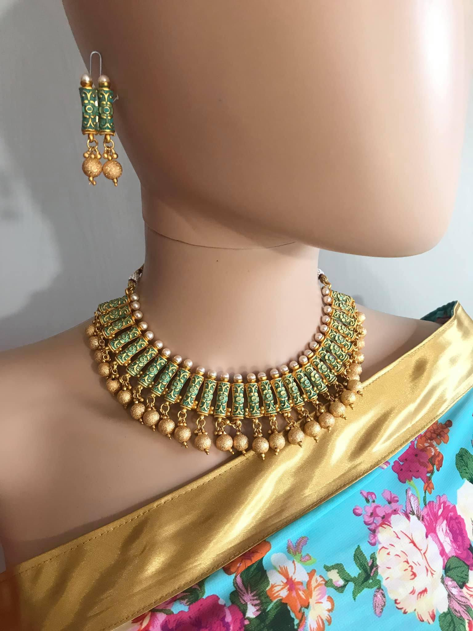 Green & Gold Colored Kundan Choker Necklace Set with Matching Earrings