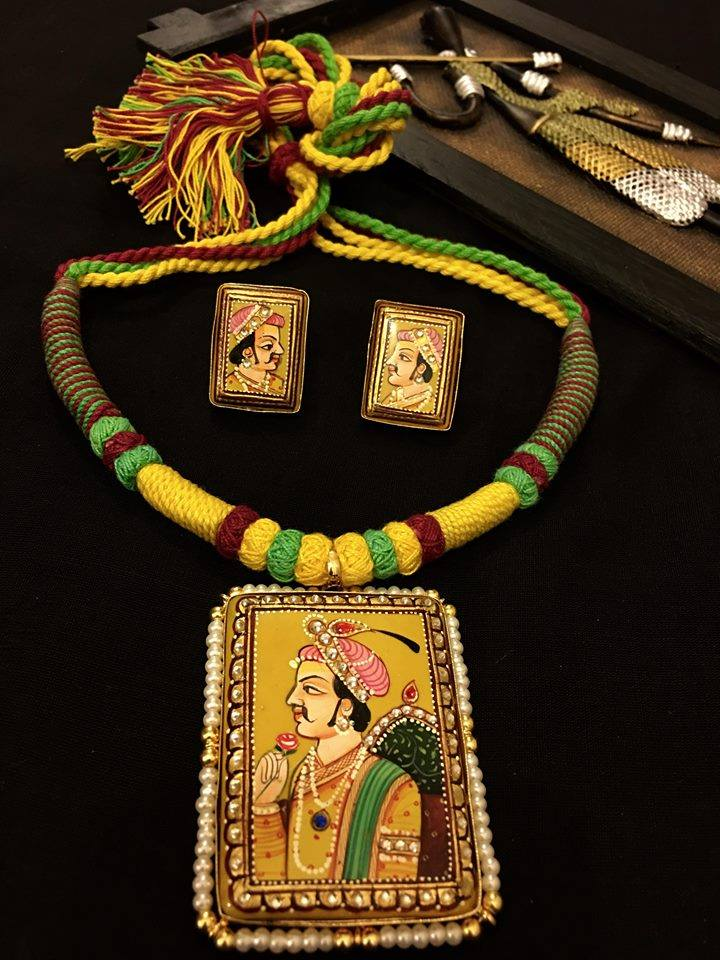 Custom Made Beautiful Tanjore Sets With Earrings