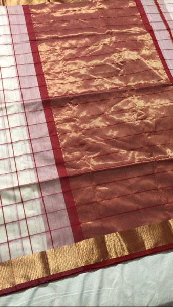 Red and Off White Pure Maheshwari Silk Handoom Zari Pallu saree