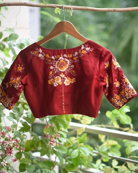 FLOWER FEATHERED (BLOUSE)