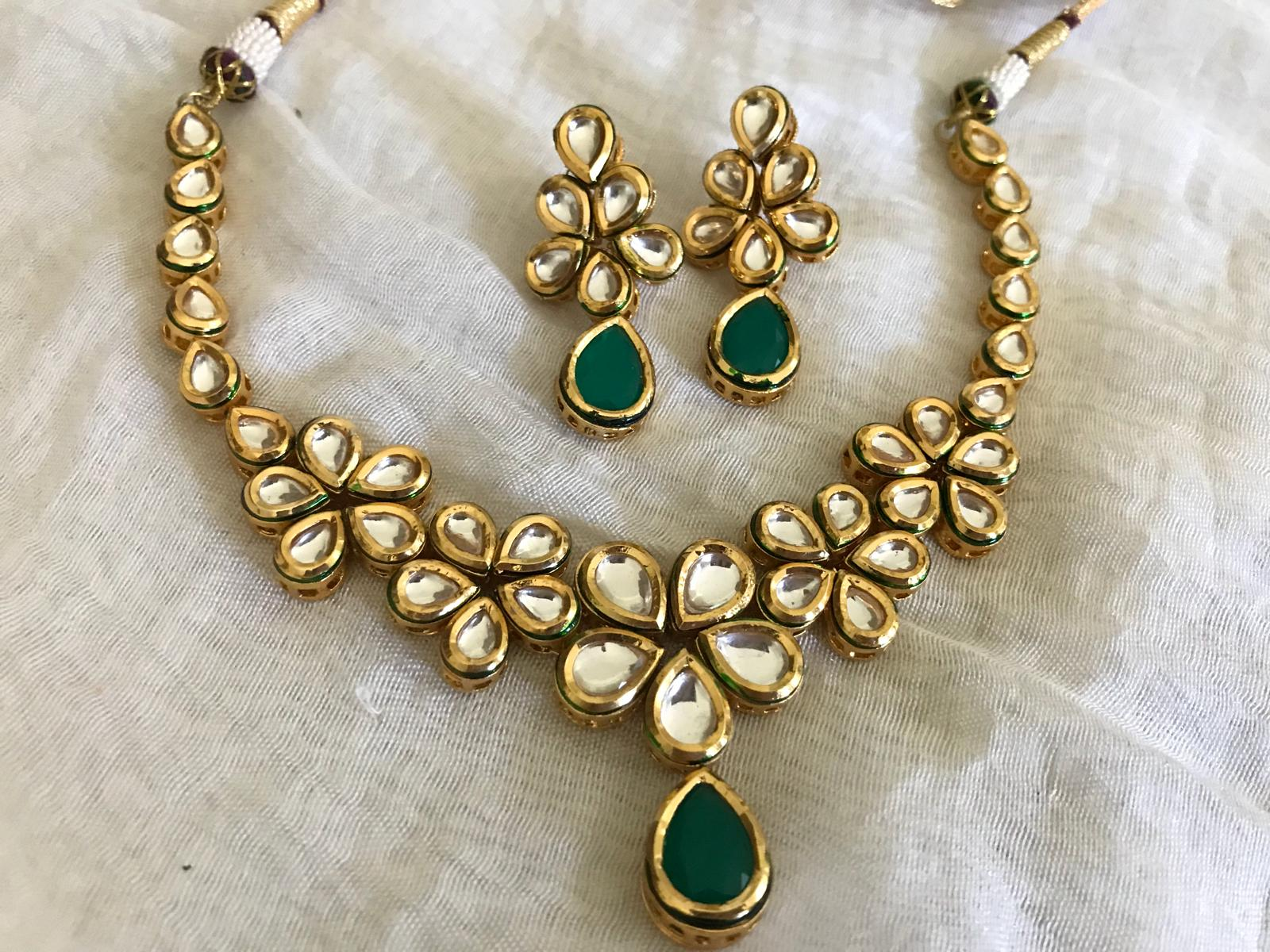 Gold Plated Kundan Choker Necklace Set With Green Stones & Matching Earrings