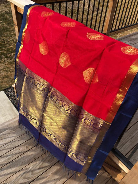 Red Handloom Silk Cotton Saree with Golden Butta's