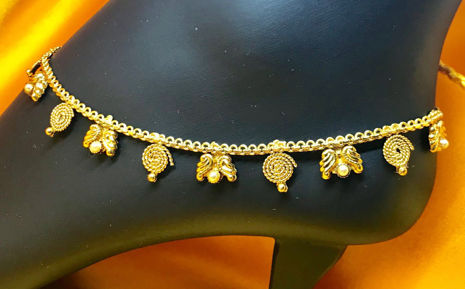 Rope Design Gold Plated Payal