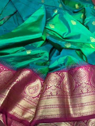 Iridescent Green with Mauve Colored Bangalore Silk Naali Saree with Mauve colored Border and Aachal