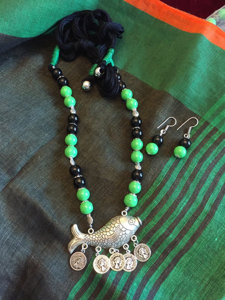 Green & Black Beaded Necklace With Fish Pendant