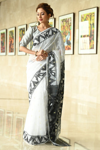 Black and White  Handwoven Dhakai Jamdani Saree