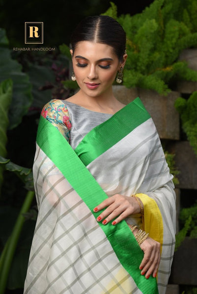 White Shade Handwoven Cotton Silk Maheshwari Saree