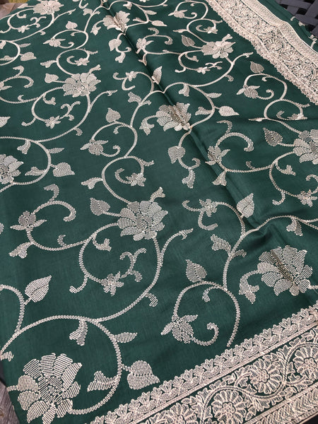 Forest Green Pure Handloom Silk Saree with Beige Embroidery
