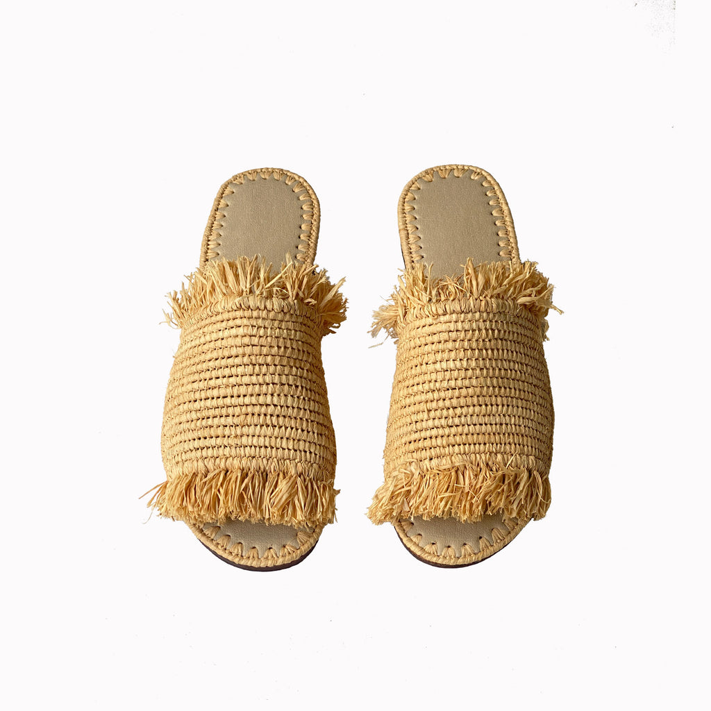 resort sandals, resort fashion, raffia shoes for women, summer shoes for women, wovan flat mules, womens straw flats, resort flats, flats, sandals for women, slides sandals, Gypsy soul, Boho style, Boho chic, natural raffia slides, summer slides, slides, resort slides, raffia women shoes, raffia style, raffia shoes, raffia sandals