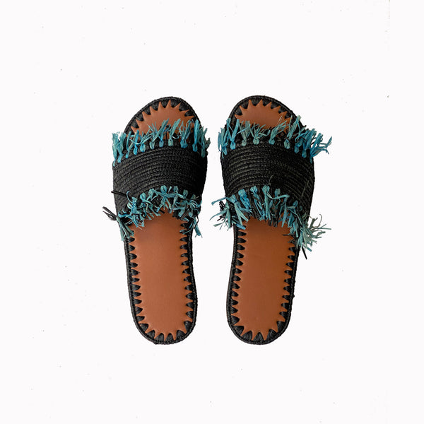 raffia flats, summer slides, sliders, slide shoes, raffia sandals, raffia shoes, resort fashion, slides for women, women's summer shoes, moroccon shoes, flat shoes, artisan shoes, bohemian fashion, boho style shoes, fringe, summer sandals
