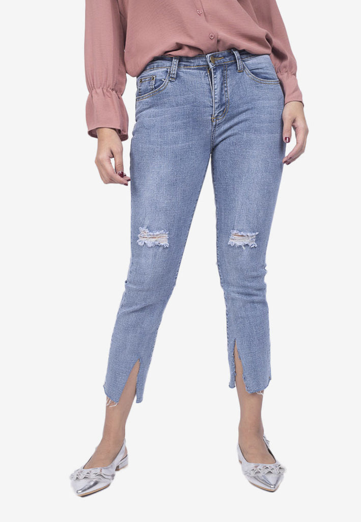 Distressed Slit Jeans
