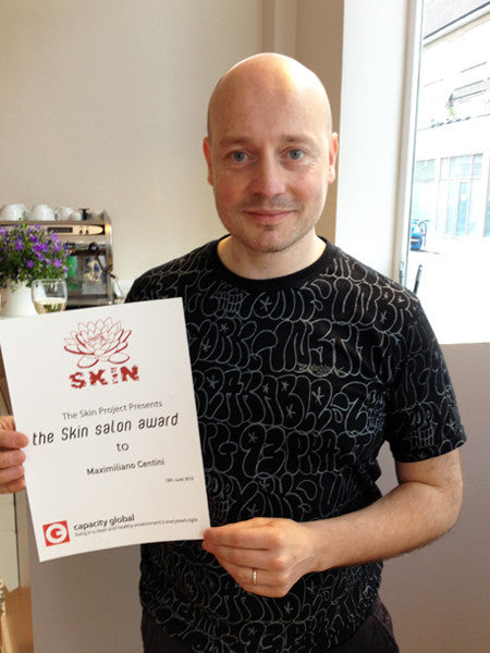 "Maximiliano Centini winner of ""The Salon Skin Award 2011"""