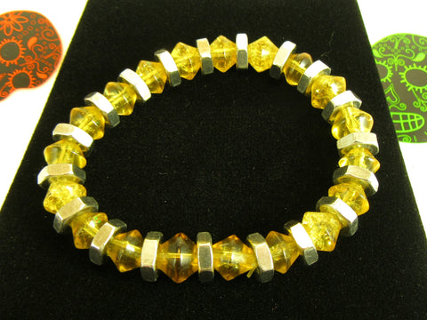 mustard crackle glass bicone bead bracelet