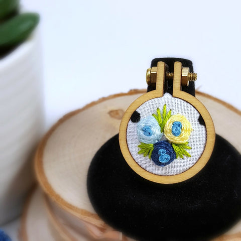 hand embroidered floral rosette adjustable ring