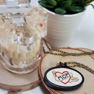 MOM heart hand embroidered necklace