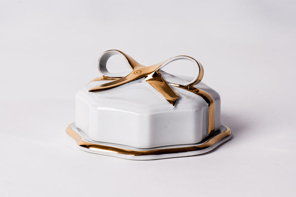 Lovely Porcelain Box With Gold Ribbon - Diamond Fine Porcelain - 1