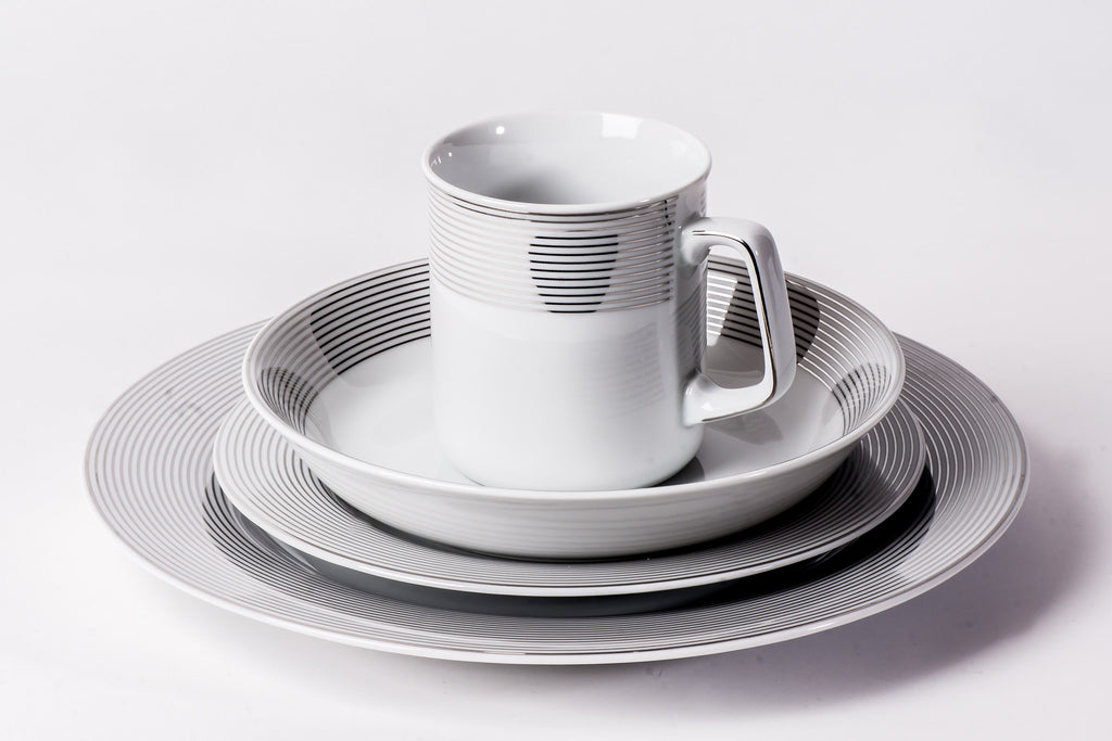 16-Piece Dinner Set | Yvonne - Diamond Fine Porcelain