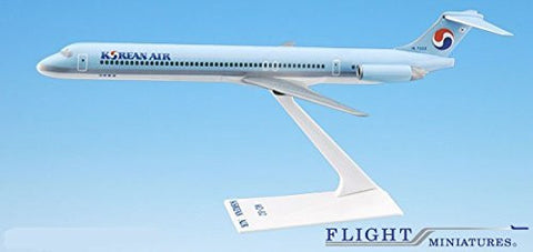 Korean Air (84-Cur) MD-80 Airplane Miniature Model Plastic Snap Fit 1:200 Part# AMD-08000H-015