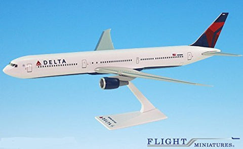 Delta (07-Cur) Boeing 767-400 Airplane Miniature Model Snap Fit 1:200 Part#ABO-76740H-006