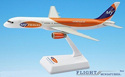MyTravel 757-200 Airplane Miniature Model Snap Fit Kit 1:200 Part# ABO-75720H-053