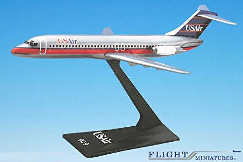 USAir (89-97) DC-9 Airplane Miniature Model Plastic Snap Fit 1:200 Part# ADC-00903H-006