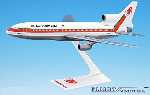 TAP Air Portugal (79-05) L-1011 Airplane Miniature Model Plastic Snap Fit 1:250 Part# ALK-10110I-015