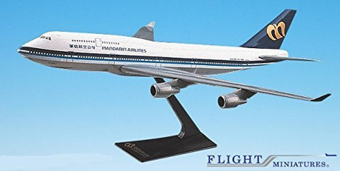 Mandarin Airlines Boeing 747-400 Airplane Miniature Model Snap Fit 1:250 Part#ABO-74740I-018