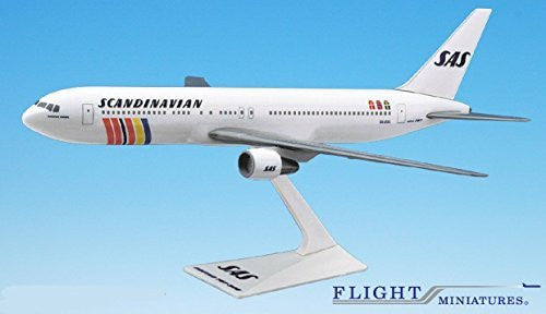 SAS Scandinavian 767-300 Airplane Miniature Model Plastic Snap Fit 1:200 Part# ABO-76730H-021
