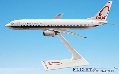 Royal Air Maroc Boeing 737-800 Airplane Miniature Model Snap Fit 1:200 Part# ABO-73780H-006 by Flight Miniatures