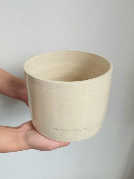 Handmade Planter Medium Cream