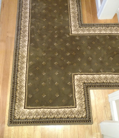 Central Oriental 4338 Sage Dimensions Lilli 26 inch hall runner with T Seam and End cap